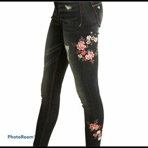 Express Floral Embroidered Distressed Denim Jeans